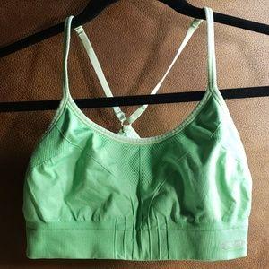 Medium sports bra